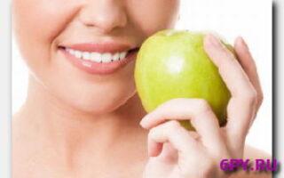 Статья. Почему желтеют зубы и как этого итого избежать?