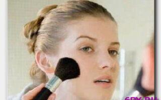 Статья. Азы грамотного макияжа: подбираем «правильную» кисть для румян